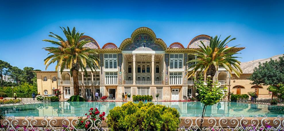 Sirah Guesthouse in Shiraz Slide 16 - گردشگری